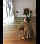 Martin Creed watching his video, Hauser & Wirth, London, 2018. Photo: Veronica Simpson.