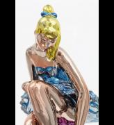 Jeff Koons. Seated Ballerina, 2010–15 (detail). Mirror-polished stainless steel with transparent colour coating, 210.8 x 113.5 x 199.8 cm. Collection of the artist. © Jeff Koons. Photo: Fredrik Nilsen, 2017. Courtesy Gagosian.