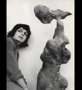 Alina Szapocznikow with her work Naga (Naked), 1961. © ADAGP, Paris 2017 Courtesy of the Alina Szapocznikow Archive, Piotr Stanislawski and the National Museum in Krakow. Photograph: Marek Holzman, courtesy of the Museum of Modern Art, Warsaw.