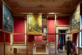 Tom Ellis, The Middle, installation view of the Front State Room. Courtesy of the Wallace Collection, copyright Rob Murray.