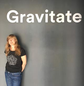 Esther Rolinson: Gravitate.