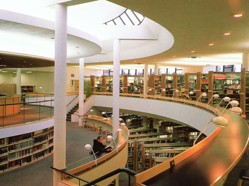 Alvar Aalto. Mount Angel Abbey Library reading room (1970).