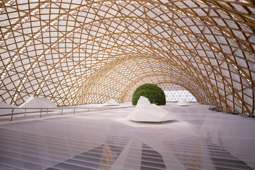 Shigeru Ban. Japan Pavillion, EXPO 2000. Hannover, Germany. Main exhibition space. Image courtesy of Shigeru Ban Architects © Hiroyuki Hirai
