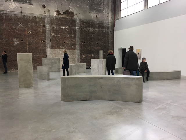 Pedro Barateiro. Rumor (Workers), 2015. Exhibition view, Palais de Tokyo, Paris, 2017. Photograph: Veronica Simpson.