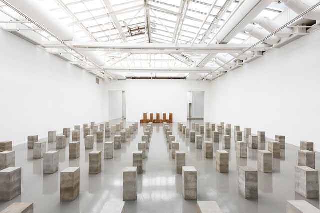 Carl Andre: Sculpture as Place, 1958–2010, exhibition view, Musée d'Art moderne de la Ville de Paris. © Pierre Antoine.