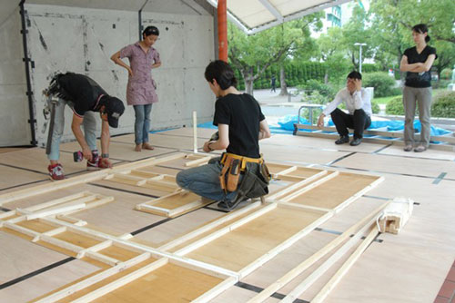 Anindita Dutta. <em>Maze in preparation</em>. Courtesy Anindita Dutta.