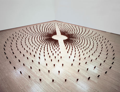Antony Gormley. <em>Field for the Art Gallery of New South Wales</em>, 1989. Terracotta, 23 x 1,140 x 1,050 cm. Collection Art Gallery of New South Wales, Sydney, Australia. © Antony Gormley.
