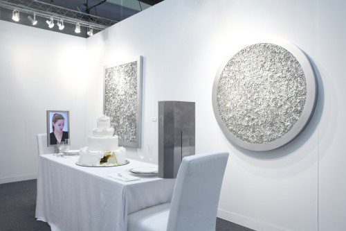 Rachel Lee Hovnanian. Dinner for Two: Wedding Cake, 2013. Mixed Media. Leila Heller Gallery, New York, NY. Photograph courtesy Leila Heller Gallery.