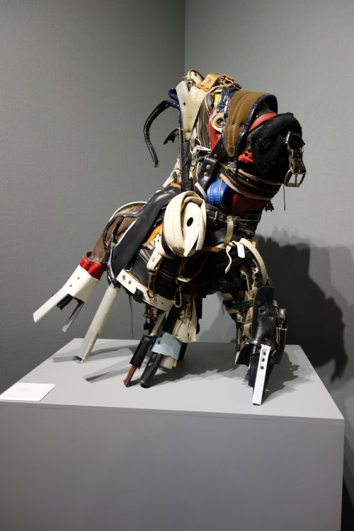 Charles McGill. Horse Run Afoul, 2015. Reconfigured gold bag parts. 34 x 30 x 26 in. Pavel Zoubok.
