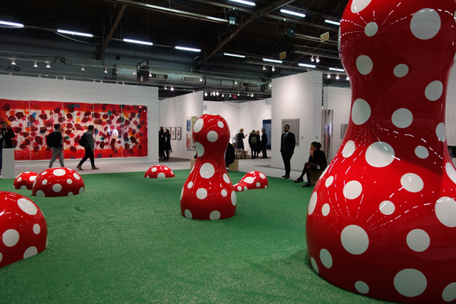 Yayoi Kusama. Guidepost to the New World, 2016. Presented by Victoria Miro. (PLATFORM). Photograph: Miguel Benavides.