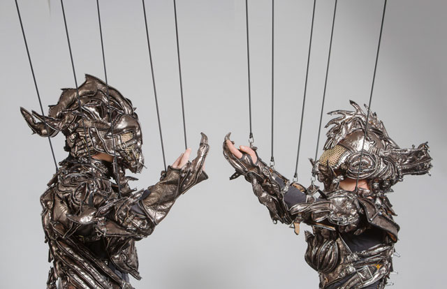 Homo Restis. Costume-sound-performance by Sarah Leimcke and Jens Vetter. Courtesy: Jens Vetter.