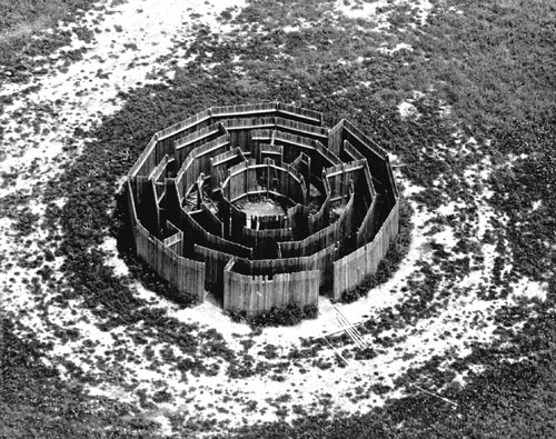 Alice Aycock. Maze, 192. 12-sided wooden structure of 5 concentric dodecagonal rings, broken by 19 points