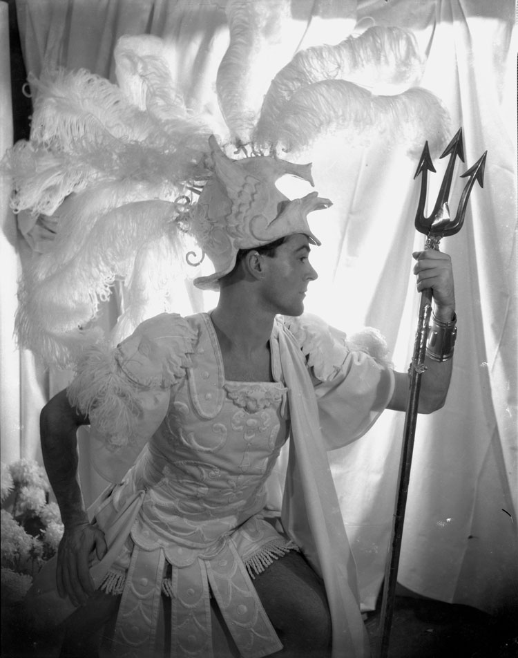 Oliver Messel in his costume for Paris in Helen! by Cecil Beaton, 1932. © The Cecil Beaton Studio Archive.