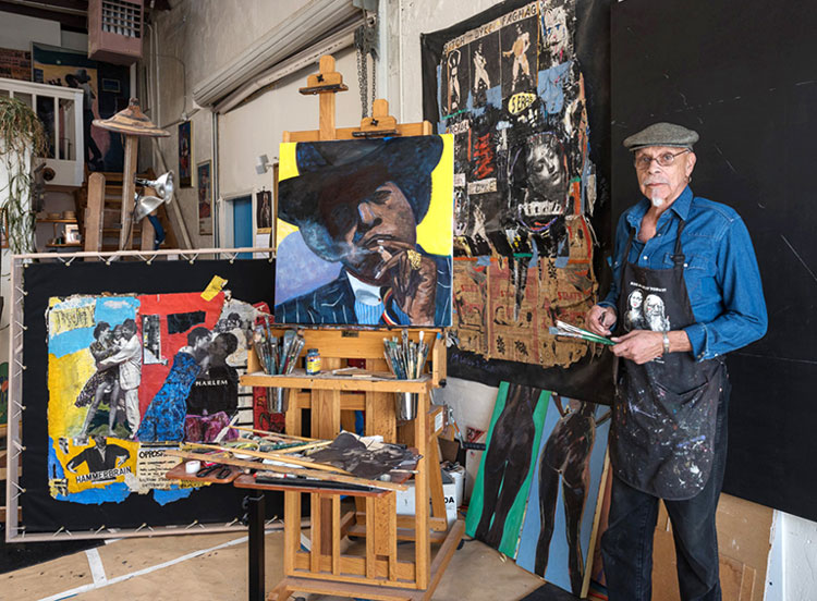 Maurice Burns in his studio. Photo © the artist.