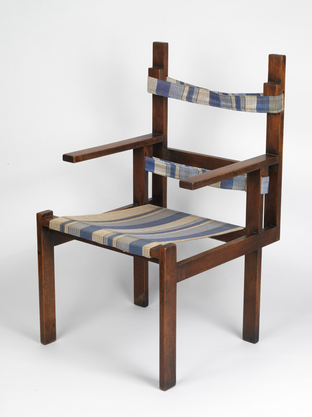 Marcel Breuer, ti 1a armchair, 1923. Wood, textile, 94.9 x 56 x 57.5 cm, made in the furniture workshop at the Bauhaus in Weimar. Museum Boijmans Van Beuningen, Rotterdam. Photo: Tom Haartsen.