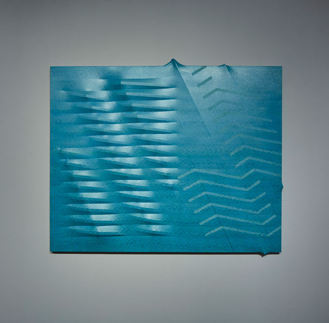 Agostino Bonalumi. Azzurro (Light Blue), 1988. Shaped canvas and vinyl tempera, 130 x 162 cm. Private collection. © ALTO//PIANO – Agostino Osio photography.
