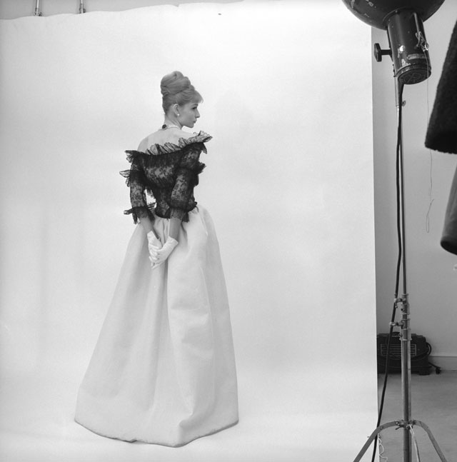 Evening dress, Cristóbal Balenciaga, Paris, 1962. Photograph by Cecil Beaton, 1971 © Cecil Beaton Studio Archive at Sotheby's.