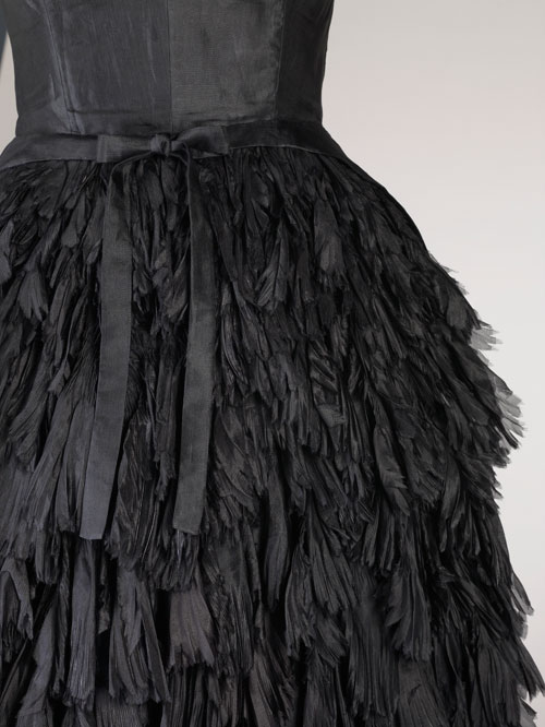 Cristobal Balenciaga. Detail of evening ensemble of black silk gazar and wool, c1951. Fine Arts Museums of San Francisco. Gift of Elise Haas. Photo by Joe McDonald/Fine Arts Museums of San Francisco.