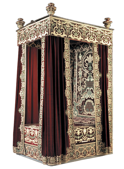 State bed given by Louis XIV to the Swedish Ambasador, Nils Bielke, Paris, before 1682. © The National Museum of Fine Arts, Stockholm.