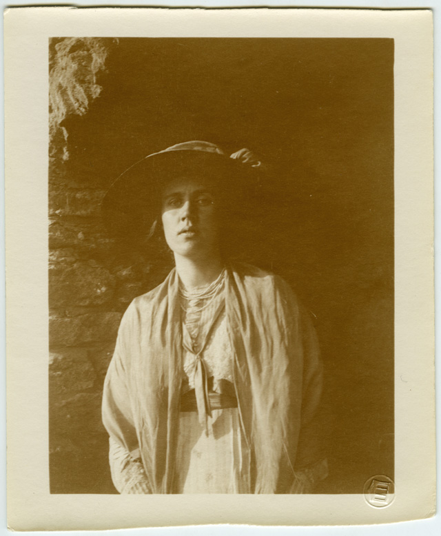 Vanessa Bell at Durbins, 1911, Unknown. Presented by Angelica Garnett, 1981 and 1988-92. Part of the Vanessa Bell Collection. ©Tate Archive, London 2016.