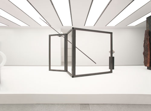 Carol Bove. For Asta, 2014. Steel, dimensions variable. Courtesy the artist, Maccarone, New York and David Zwirner, New York/London. Installation view, Carol Bove/Carlo Scarpa, Museion, Bolzano. © Museion. Photograph: Augustin Ochsenreiter.