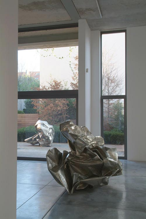 Wang Du. <em>I Am The Reality</em> 2006. Courtesy Baronian_Francey Gallery.