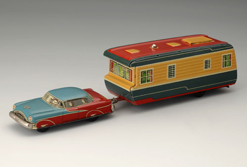 General Motors Oldsmobile Two-Door Sedan, 1955; with trailer. 5 1/2 x 2 3/8 x 1 3/4 in. (14 x 6 x 4.5 cm), 6 3/4 x 3 1/8 x 3 3/8 in. (17 x 8 x 8.5 cm). Yonezawa Gangu. Yoku Tanaka Collection. Photo: Tadaaki Nakagawa.