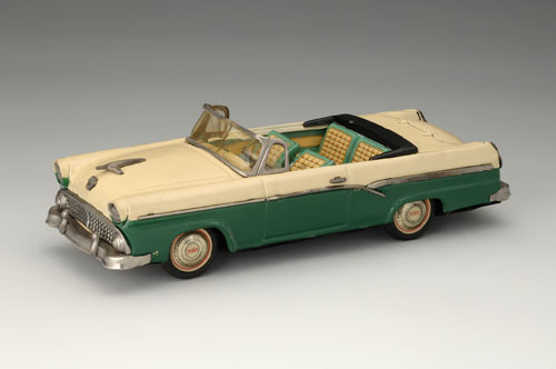 Ford Fairlane Two-Door Convertible, 1956. 11 7/8 x 4 1/8 x 3 1/8 in. (30 x 10.5 x 8 cm). Bandai. Yoku Tanaka Collection. Photo: Tadaaki Nakagawa.