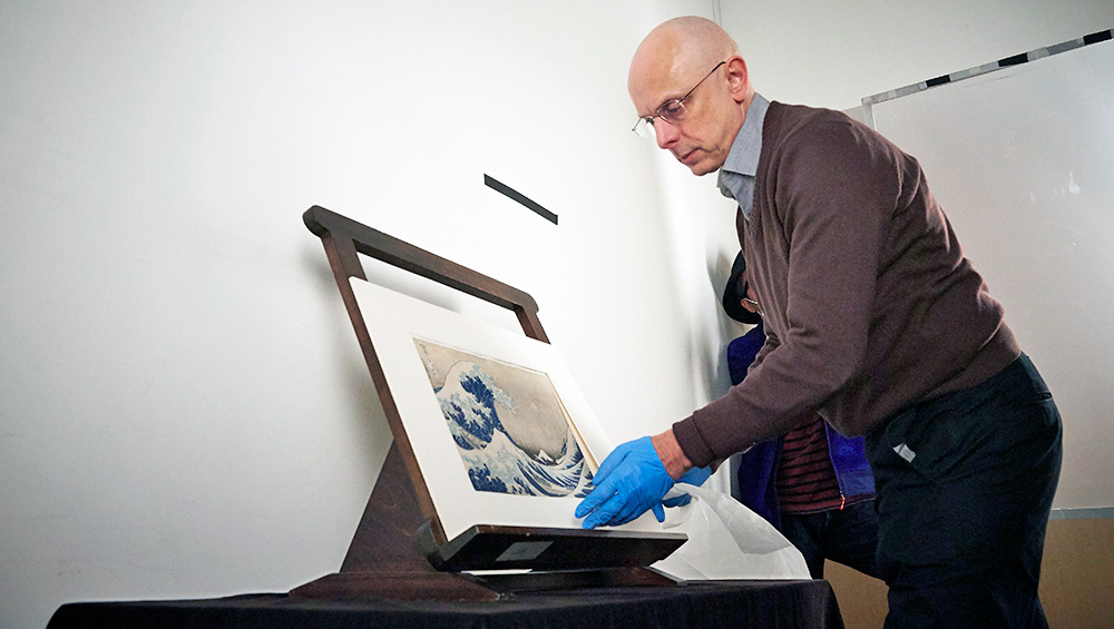The British Museum has just bought 103 newly rediscovered drawings by Hokusai. Tim Clark, the museum's leading expert on the Japanese artist, talks about studying the pictures and their connections during lockdown, making them available online and preparing for a physical exhibition next year