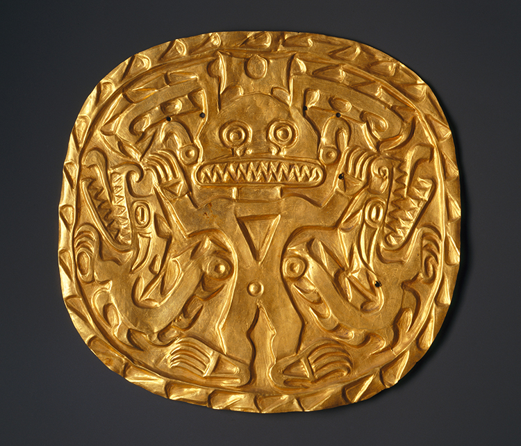 Coclé artist. Plaque with Crocodile Deity, 700–900. Gold, 8 1/2 × 9 in (21.6 × 22.9 cm). Brooklyn Museum; Museum Expedition 1931, Museum Collection Fund, 33.448.12. Creative Commons-BY. Photo: Brooklyn Museum.