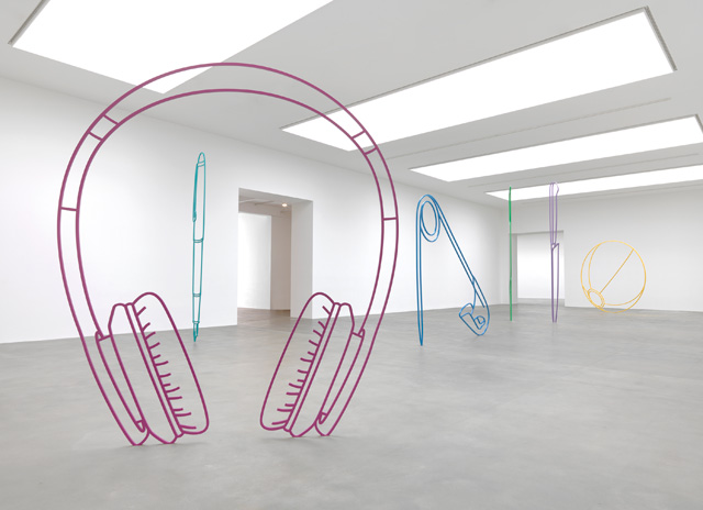 Michael Craig-Martin: Sculpture, installation view, The Gagosian, Britannia Street, London, 2019. Photo: Lucy Dawkins.