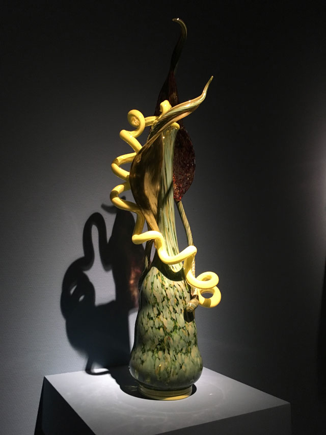 Dale Chihuly. Venetians, 1988-2006. Installation view, Groninger Museum. Photo: Veronica Simpson.