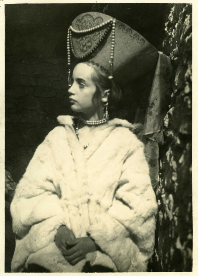 Vanessa Bell. Angelica as the Russian Princess, photographed in the south of France, 1928. Photograph. © Estate of Vanessa Bell courtesy of Henrietta Garnett. Courtesy The Charleston Trust.