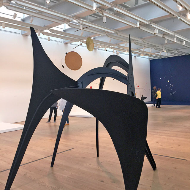Alexander Calder. The Arches, 1959. Sheet metal and paint. 106 × 107 1/2 × 87 in (269.2 × 273.1 × 221 cm). Whitney Museum of American Art, New York; gift of Howard and Jean Lipman. Photograph: Jill Spalding.