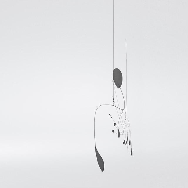 Alexander Calder. Hanging Spider, c1940. Painted sheet metal and wire, 49 1/2 × 35 1/2 in (125.7 × 90.2 cm). Whitney Museum of American Art, New York; Mrs. John B. Putnam Bequest 84.41. © 2017 Calder Foundation, New York / Artists Rights Society (ARS), New York. Photograph: Brian Kelley.