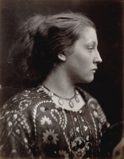 Julia Margaret Cameron. Sappho, 1865. Albumen silver print from glass negative. The Rubel Collection, Purchase, Jennifer and Joseph Duke and Anonymous Gifts, 1997. The Metropolitan Museum of Art.