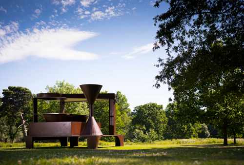 Anthony Caro. Forum, 1992-94. Photograph: Jonty Wilde. Image courtesy of Barford Sculptures Ltd.