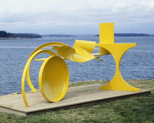 Anthony Caro (b. 1924), Sun Feast 1969-70. Steel painted yellow 181.5 x 416.5 x 218.5 cm. Private Collection © the artist, Barford Sculptures Ltd. Photography: John Riddy