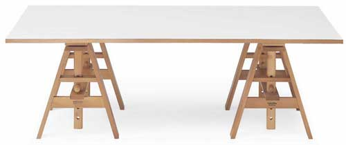 Leonardo studio table produced by Zanotta 1969