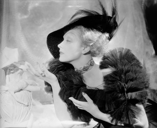 Cecil Beaton. <em>Marlene Dietrich in New York,</em> 1937. &copy; Cecil Beaton Studio Archive at Sotheby&rsquo;s. Courtesy Cecil Beaton Studio Archive at Sotheby&rsquo;s.