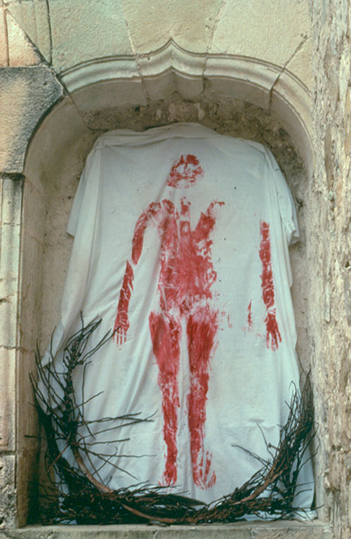 Ana Mendieta. Untitled (from Silueta Works in Mexico), 1976-1981. Estate colour photograph, 50.8 x 40.6 cm. Galerie Lelong, Paris.