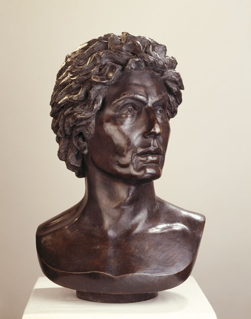Celia Scott. <em>Edward Jones, </em>1982. Bronze, 52 x 37 x 23 cm. Private collection. Photo © Jerry Hardman-Jones