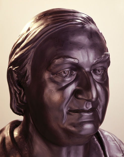 Celia Scott. James Stirling, 1983. Bronze, detail. Photo © Jerry Hardman-Jones