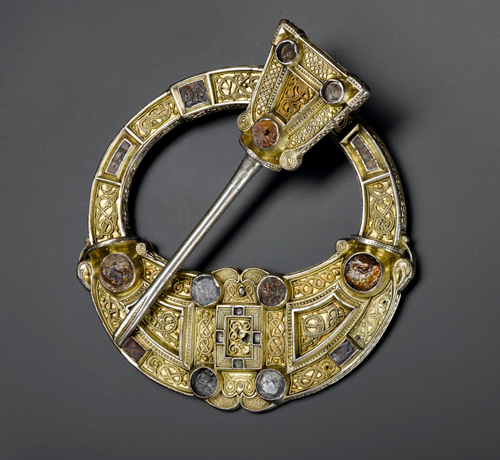 Hunterston brooch (front). Silver, gold and amber. Hunterston, southwest Scotland, AD 700–800. © National Museums Scotland.