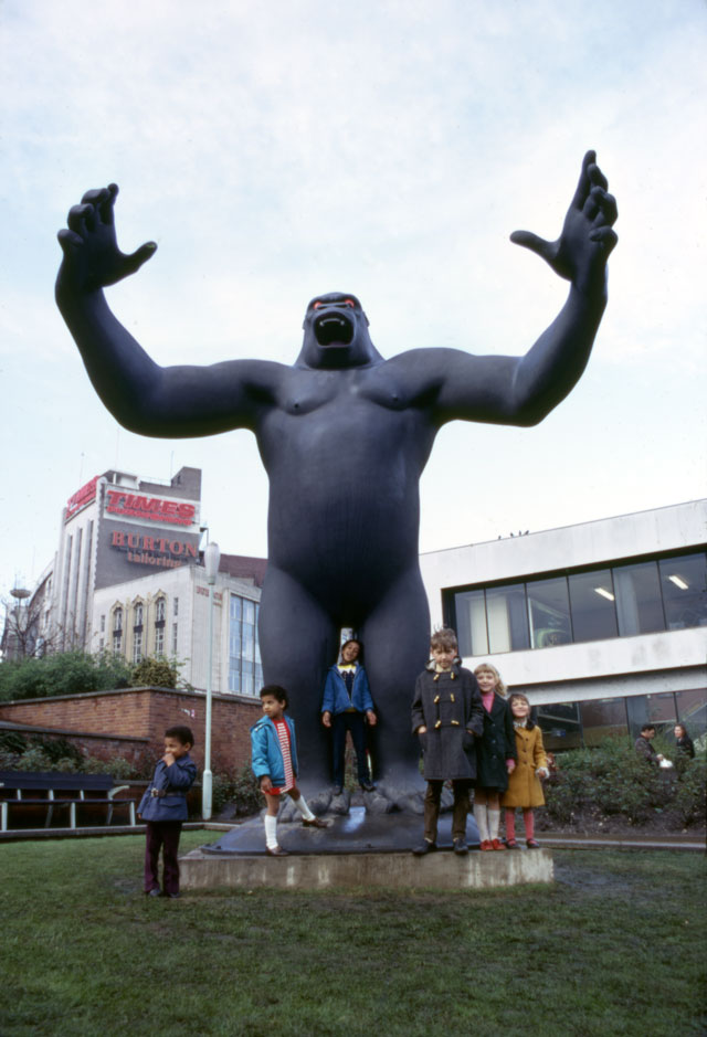 Nicholas Monro. 'King Kong', 1972. Work for Manzoni Gardens, Birmingham. Reinforced coloured fibreglass, height: 5.5 metres. Arnolfini Archive at Bristol Record Office. Photographer unknown.