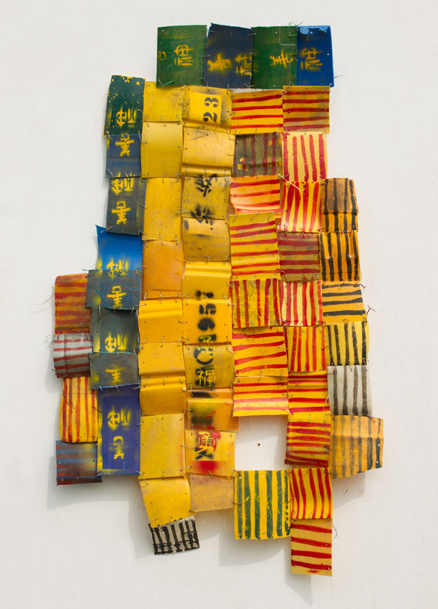 Serge Attukwei Clottey. Everywhere is Cool, 2016. Plastics, wire and oil paint, 42 x 24 in. © the artist, courtesy Gallery 1957, Accra.