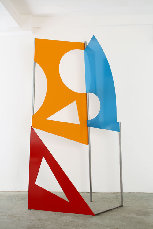 John McLean. <em>Traffic Yellow</em>, 2010. Powder-coated steel and aluminium, height 260 cm. &copy; the artist, images courtesy Poussin Gallery.