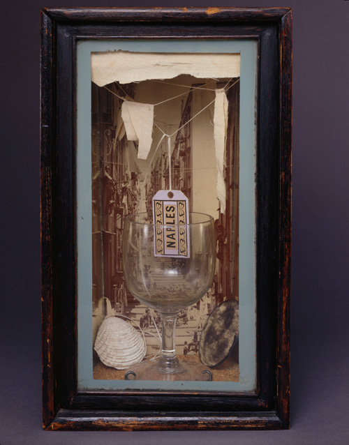Joseph Cornell. Naples, 1942. Box construction, 28.6 x 17.1 x 12.1 cm.  The Robert Lehrman Art Trust, Courtesy of Aimee and Robert Lehrman . © The Joseph and Robert Cornell Memorial Foundation/VAGA, NY/DACS, London 2015. Photograph: Quicksilver Photographers, LLC.