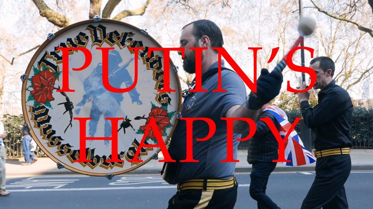 Jeremy Deller, Putin's Happy, 2019. Film still. © Jeremy Deller, courtesy Hannah Barry Gallery.