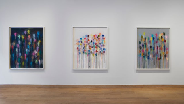 Ian Davenport: Colourscapes, gallery view, Waddington Custot, London, 20 September – 8 November 2018. Courtesy Waddington Custot.